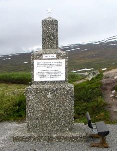 Sowjetdenkmal am Polarkreis- Ausschnitt